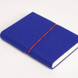 Diary FILZDUETT felt blue/elastic red | 12 x 16,5 cm,  1 week/double page