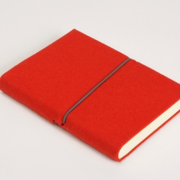 Diary FILZDUETT felt red/elastic grey | 8 x 12,5 cm,  1 week/double page