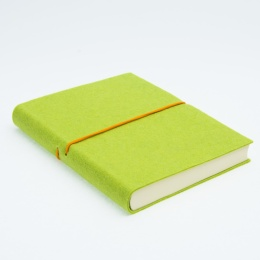 Notebook FILZDUETT felt light green/elastic orange | 12 x 16,5 cm, 144 sheet lined